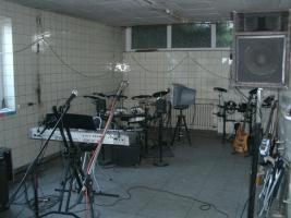 Foto 2 Partyraum, Fetenraum mit Bestuhlung und Sanit�ranl., Gr. 82m�