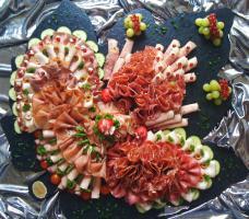 Foto 3 Partyservice, Geburtstagsfeste, Firmenevents, Stehempfänge, Hüttenfeste, Grillfeste
