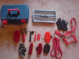 -Pferde- Putzbox/-koffer für Reiter inkl. Inhalt günstig abzugeben