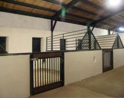 Foto 2 Pferdeboxen und Offenstallplatz frei