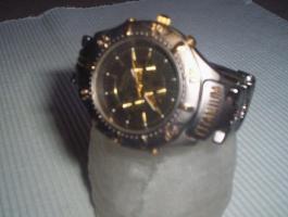 Philip Persio Titanium Quarz Herren-Armbanduhr....