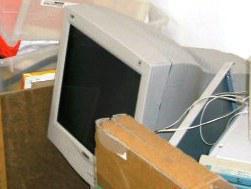 Foto 2 Philips 19''-Röhrenbildschirm (beste Qualität)