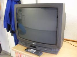 Foto 2 Philips Farbfernseher 68 cm (Röhrenfernseher)