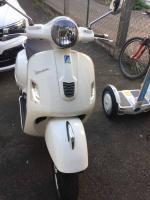 Foto 3 Piaggio Vespa GTS 300