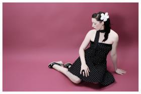Pin up rockabilly polkadot beauty fotoshooting in dortmund - Rockabilly fotoshooting hamburg ...