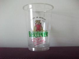 Plastik Bier gläser von BERLINER PILSNER 0,4L 2xkarton 2x250st