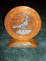 Foto 5 Pokal für Taubenzucht, alten Pokal, Pokal