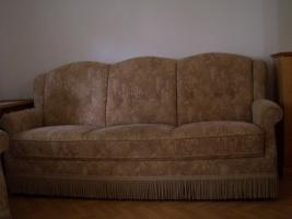 Polstercouch mit Sessel