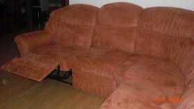 Polsterecke (mit Schlaffunktion) inkl. Sessel und Fernsehsessel zu verkaufen