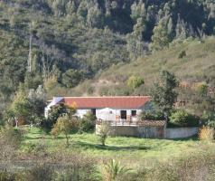 Portugal, Monchique, Hinterland, teilrenovierte Farm - Selbstversorger