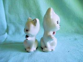 Foto 4 Porzellan Figuren Katzen 2er Set, Tiere, Setzkastenfiguren