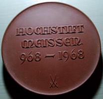 Foto 2 Porzellanmünzen von Meissen