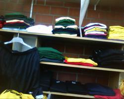 Foto 5 Posten Neuware T-shirts