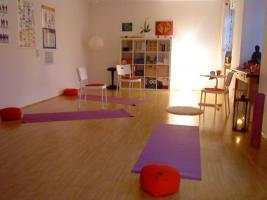 Praxisraum in Rosenheim, auch für kleinere Seminare, 36 qm, tage-weise, aber auch für Wo-Enden und Abendveranstaltungen