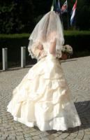 Foto 2 Prinzessinen Brautkleid + Zubehör