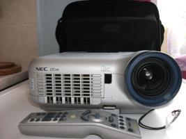 Foto 3 Projector portable NEC LT 240