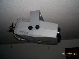 Foto 3 Projektor Seleco 195 Mit Motorleinwand 2,5mx2,5m