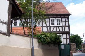 Foto 2 Provisionsfrei, 2 Häuser mit romantischem Innenhof, sofort frei, bezugsfertig, Fachwerkhaus,