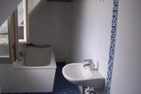Foto 5 Provisionsfrei, 2 Häuser mit romantischem Innenhof, sofort frei, bezugsfertig, Fachwerkhaus,