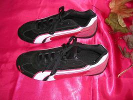 Puma Herren-Sportschuhe Sneakers Gr.42 neu leichter Schuh