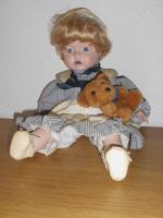 Foto 2 Puppen suchen ein neues zuhause