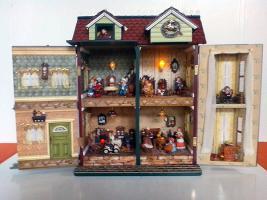 Foto 3 Puppenhaus aufklappbar Spieluhr