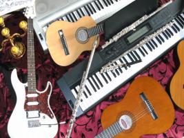 Querfl�tistin spielt Musik zu Ihrer Feier
