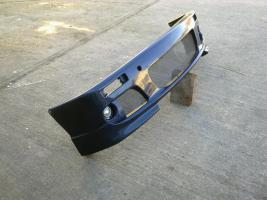 Foto 3 RDX Front und Heckschürze für BMW E 30 mit Halterungen