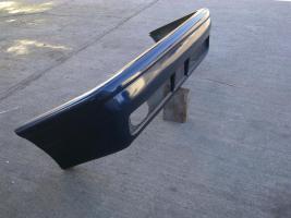 Foto 5 RDX Front und Heckschürze für BMW E 30 mit Halterungen