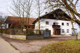 RE/MAX Family - Idyllisch gelegene Landwirtschaft (ca. 8,3 ha) im nördlichen Salzburger Land
