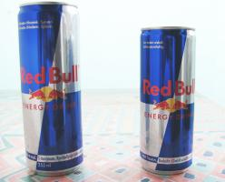 RED BULL (Energy Drink Ohne Pfand)