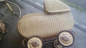 Foto 7 Rarität Antiker Kinderwagen, 30er Jahre, Korb, Korbkinderwagen