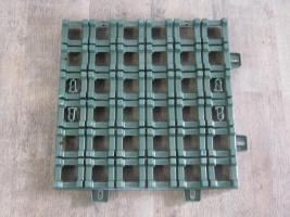rasengittersteine aus kunststoff in hemer material hausbau heimwerken. Black Bedroom Furniture Sets. Home Design Ideas