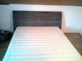 Foto 3 Rattan-Bett 140x200 m. Matraze (beides 3 Monate alt)