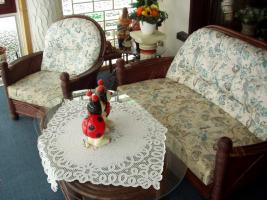 Rattangarnitur zweier Sofa, 2 x Sessel, Tisch