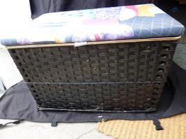 Rattan(w�sche)truhe schwarz wegen Umzug zu verkaufen