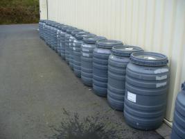 Regen / Wasserfässer (PVC) 200-250 Liter