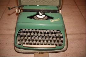 Foto 2 Reise-Schreibmaschine Consul 70'er Jahre lindgr�n