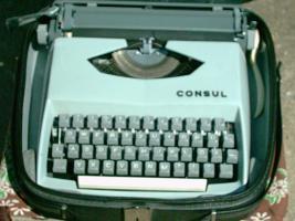 Reiseschreibmaschine Typ '' CONSUL ''