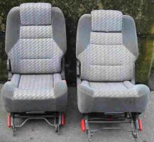 Foto 2 Renault Espace Ersatzteile - Sitze, Türen, Motorhauben etc.