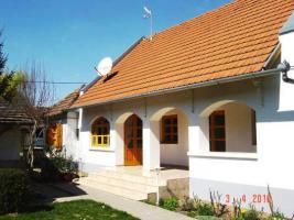 Renoviertes Einfamilienhaus, 10 km zum Balaton (Ungarn)