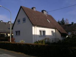 Renovierungsbedürfiges Haus in ruhiger Lage