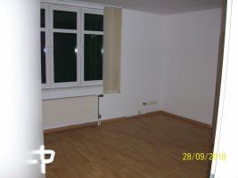 Foto 2 Repräsentative, helle 2,5 Zimmer-Wohnung im Berliner Norden zu vermieten - PROVISIONSFREI