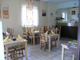 Restaurant voll ausgestattet  ca.40 Sitzplätze 25000€ + Mwst. ablöse und 980€ Miete mit Wohnung ca.350€