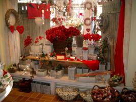 Riesen Auswahl an Deko- und Geschenkartikeln . . .