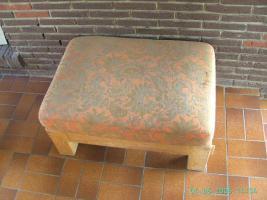 Foto 2 Robuste Couchgarnitur mit Tisch