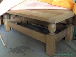 Foto 4 Robuste Couchgarnitur mit Tisch