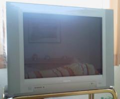 Röhren-TV-Gerät  black magic  von Pillips  71 mm B