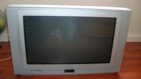 Röhrenfernseher FT 8135 Universum