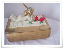 Romantische Aufbewahrungsbox mit Engel